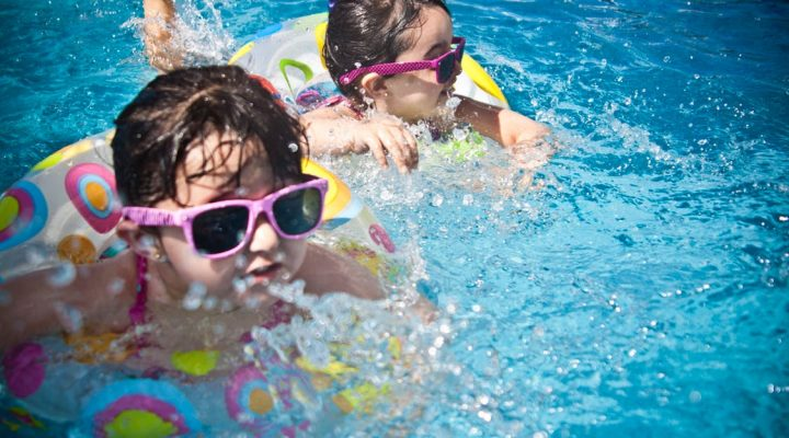 5 Tips for Keeping Your Kids Safe around Pools