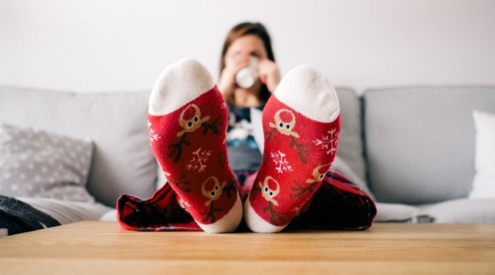 3 Fun At-Home Activities for a Cozy Family Weekend