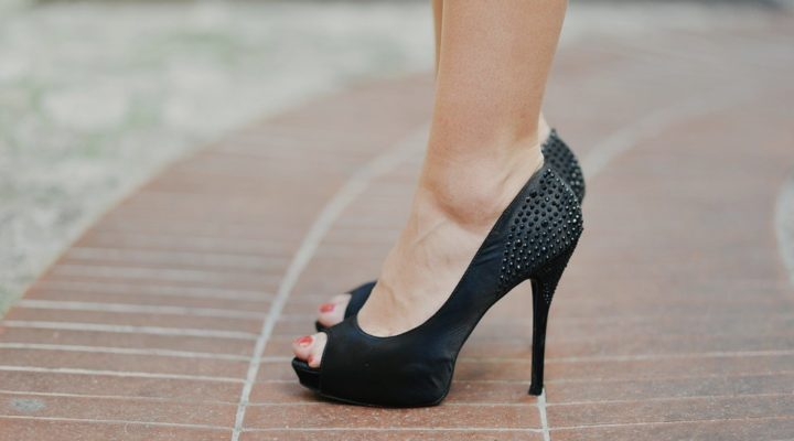 4 Reasons You May Want to Rethink Those Heels