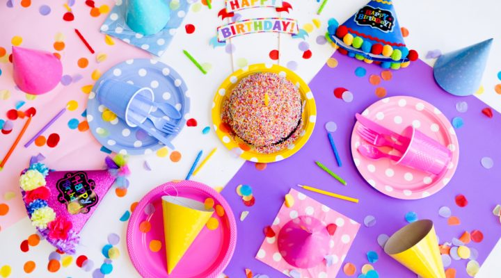 How to Celebrate a Child's Birthday Around the Holidays