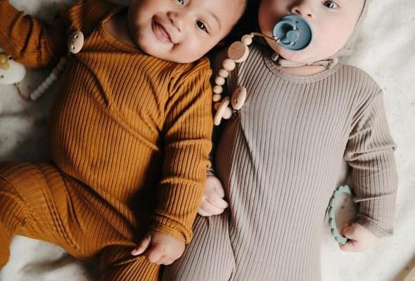 5 Must-Have Accessories for Baby's Wardrobe
